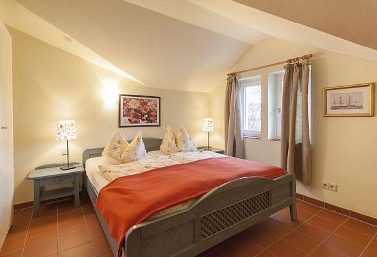 haus undine wohnung 35 mit loggia mzv r gen. Black Bedroom Furniture Sets. Home Design Ideas