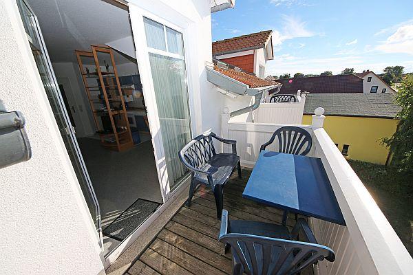 Balkon Klein Appartement : Seemann appartement whg c mit balkon mzv rügen