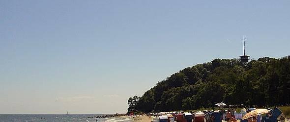 Badestrand von Thiessow mit Lotsenberg ist fußläufig der Ferienwohnungen